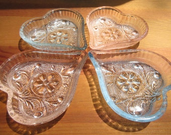 Four Anchor Hocking Sandwich Glass Nut Dishes /Heart Dipping Sauce Bowls,  Heart Trinket Dish/Vintage Glass Hearts