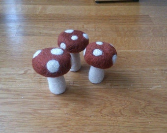 FREE SHIPPING Toadstools mushrooms maroon needle felted set of 3 handmade woodland home decor gift under 25