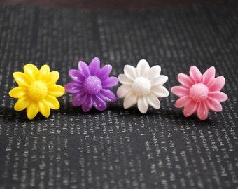 Daisy Earrings -- Daisy Studs, Flower Studs, Flower Earrings, Pick Your Favorite Color Pair!
