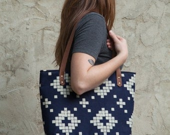 Large Tote Bag in Tile with Waxed Canvas bottom