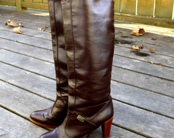Vintage brown leather boots / Size  8 / Reserved for Stephanie - custom listing
