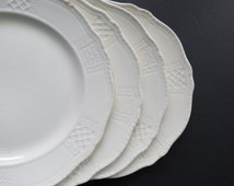 Antique China Dinner Plates // 1910's Homer Laughlin Geometric Embossed Pattern Plates Set of Four (4) Worn Distressed Rustic Serving Dishes