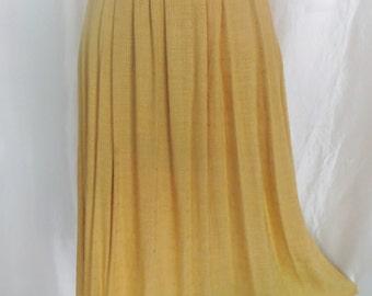 Vintage 70s womens skirt, yellow gold full skirt, pleated maxi skirt size 10 12