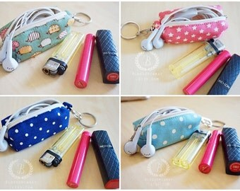 Hedgehog lover gift, Green lipstick wallet, small keychain pouch, handy pouch for lip gloss, usb thumb drive, boy mini coin purse change bag