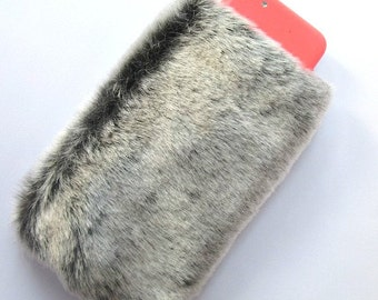 Fur Phone Case, Fluffy iPhone 7 Plus Case, Phone Case Furry iPhone 6 Pouch, Furry iPhone 6s Plus Case, Gray Grey Faux Fur, Fuzzy iPhone Case