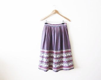 Mexico Skirt / Guatemala Skirt / Mexico Embroider Circle Skirt / Bohemian Clothing / Vintage Full Skirt