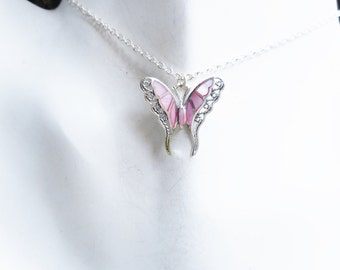 Butterfly necklace, pink necklace, pink butterfly necklace,butterfly pendant, pink butterfly pendant, gift ideas,butterfly necklaces