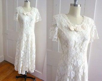 Chantilly Lace Wedding Dress - Tea Length - Butterfly Sleeves - Ruffle Hem - Champange - Off White - Small - Medium