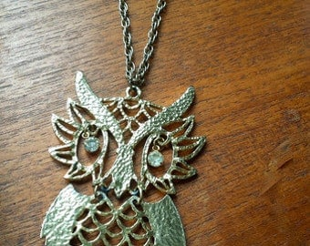 1960s owl necklace large vintage gold pendant sixties good condition