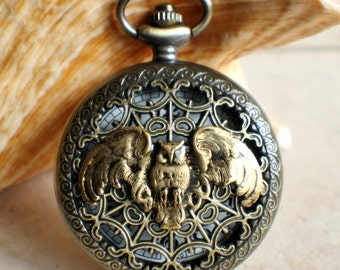 Barn owl pocket watch, mens pocket watch with barn owl on front cover.