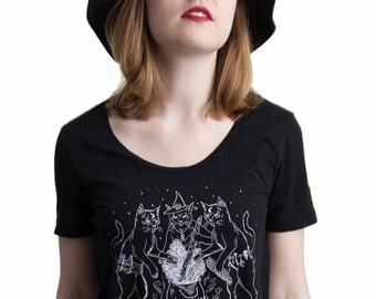 Cat Coven - Scoop Neck Tshirt