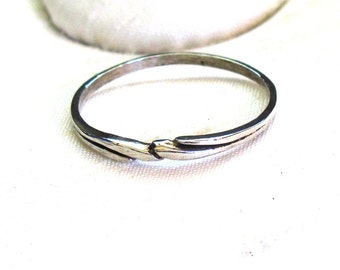 Large Sized Ring ~ Sterling Silver Ring with Scroll Design ~ Swirl Ring ~ sizes 9+