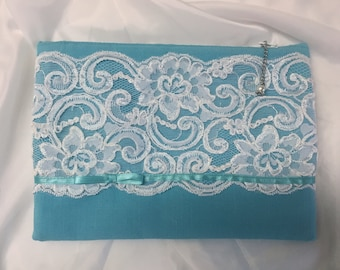 Bridesmaid Gift/Linen and Lace Clutch/Special Occasion/Prom Clutch/FREE SHIPPING