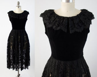 Vintage 50s Lace Evening Dress - Stunning Sleeveless Black Velvet Cocktail Dress  - Formal Party Prom Dress  - Size Small