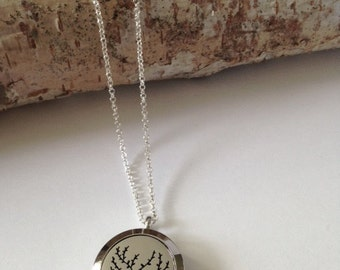 Aromatherapy necklace,Essential oil necklace,Essential oil diffuser,Essential oil,Locket necklace,Essential oil locket,Silver Locket,Tree