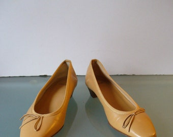 Coach Leather Ballet Flats Made in Italy  Size 6B