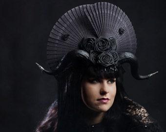 Goth horn fan headdress headpiece horns feathers pearls victorian fantasy burlesque demon costume halloween black