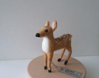 Mini felted deer