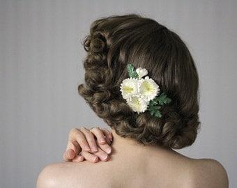 "Ivory Hair Flower, Small Hair Accessory, 1930s Headpiece, Country Wedding Hair, Floral Clip Fascinator, Vintage Mums - ""Prairie Sunrise"""
