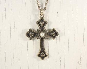 Sarah Coventry 1975 Limited Edition Cross Pendant (vintage retro 70s big large statement gold tone goth faux pearl signed)