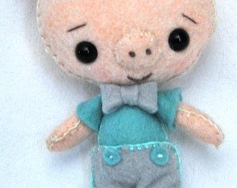 Hand-Sewn Felt Pig Pocket Pet