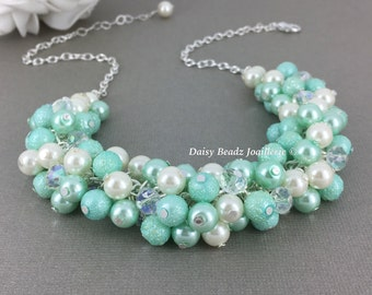 Mint Green Necklace Pearl Necklace Mint and Ivory Necklace Mint Green Jewlery Bridesamid Necklace Wedding Jewelry