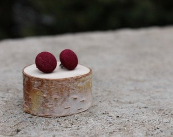 Oxblood Fabric Button Earrings // Burgundy Earrings // Red Fabric Studs // Covered Button Earrings // Vintage Earrings