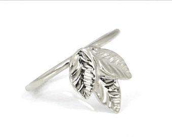 14k Gold Leaf Ring, White Gold leaf ring, Unique Gold Ring, Ring with Leaves, Leaf Gold Ring, Natural Ring, Three Leaf Ring, 14k Gold Ring