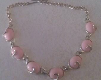 vintage jewelcraft pink stone necklace