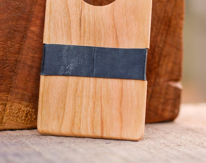 Reclaimed Cherry Wood Wallet / The Single