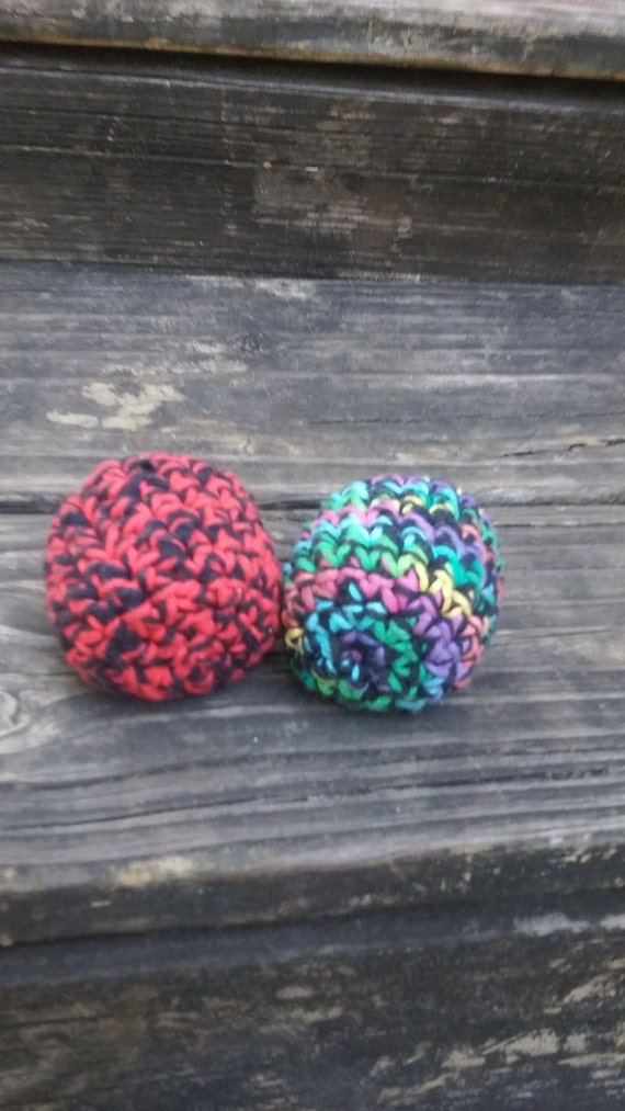 how to make a hacky sack out of yarn