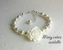 Flower Girl Bracelet Swarovski pearls gifts, Junior bridesmaids Wedding Flower Girl Baby Toddler Girl Jewelry, White Pearls and Rose