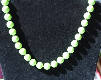 AWESOME>>>Green, Sea Shell Pearls, 10mm Beads, Extra Long STRAND
