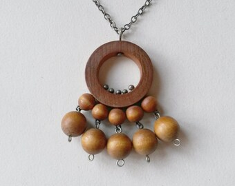 """Vintage Aarikka Wood Bead Pendant """"Torikontti"""", 1960s (F332)"""