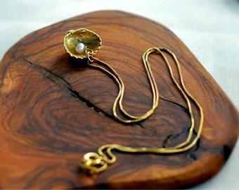 Seashell Necklace, Shell Pendant, Nautical Amulet, Bridal Party Gift, Wedding Jewelry, Free Shipping, Gold Necklace, Gold Shell Necklace