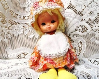 LOUISE Musical DOLL-Handcrafted-Sun Bonnet Sue Style Dolly-Vintage Collectible- Decorative-Blonde-Brown Eyes-Orphaned Treasure-092116I