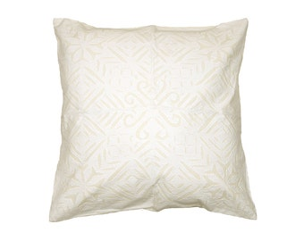 Cushion Cover - White Cotton Backed Applique - Design 5