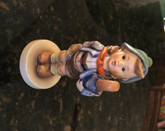 "Goebel Hummel Figurine 198/1 ""Home From Market"" TMK 3"