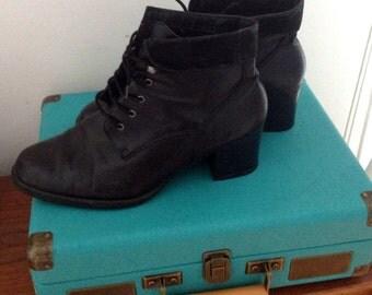 Schoolboots s 90 / / size 40 / / black boots