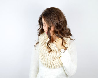 Chunky Knit Cowl Hood Scarf // The WILLOW // Fisherman
