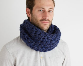 Chunky Cowl Scarf In Midnight Blue