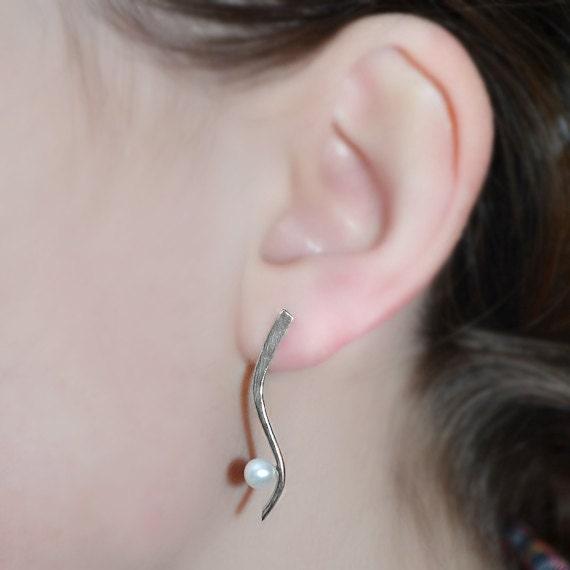 Pearl Stud Earrings - 5mm Pearl Post Earings - Silver Stud Earrings - Cartilage Earring Stud - Helix Earring - Conch Jewelry
