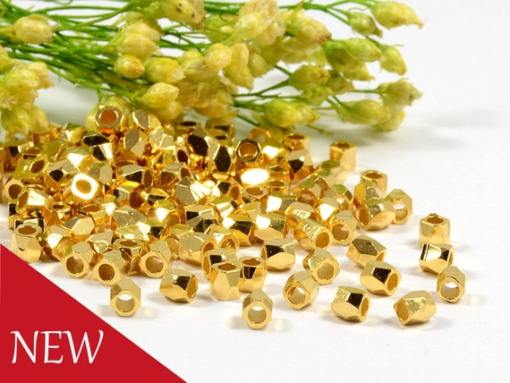 2.5mm Gold Faceted Beads, 1.5mm Hole, Metal Diamond Cut Bead, Gold Plated Brass Faceted Cubes - 50 pcs/ order