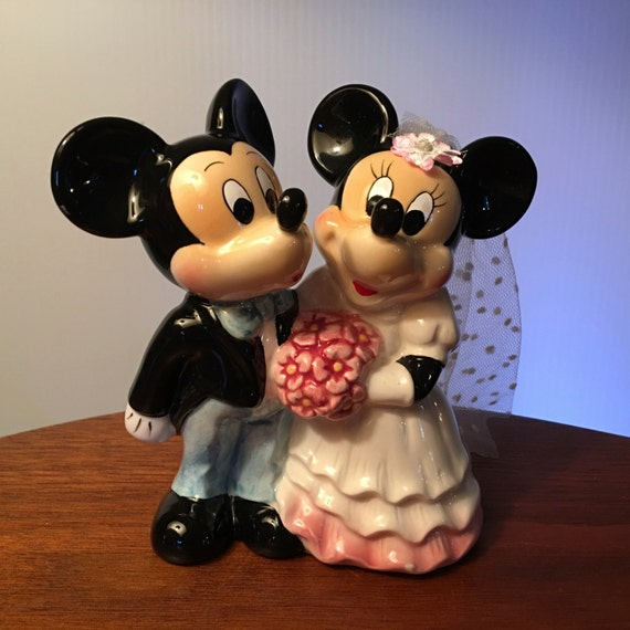 mickey minnie wedding cake topper 2 minnie and mickey wedding figurine or wedding cake topper 17353
