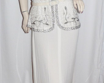 1940 White Lace and Beaded Evening Gown with Peplum and Shoulder Pads, Large Size