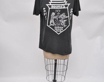 vintage tshirt KARATE moore's shou shu karate health club t-shirt 1980s