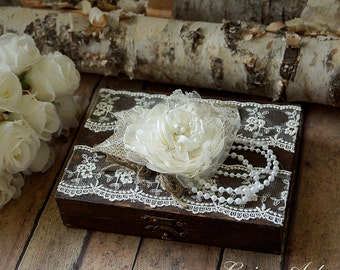 Wedding Ring Bearer Pillow Box Personalized Wedding Ring Pillow Box Rustic Vintage Wedding Ring Pillow Box.