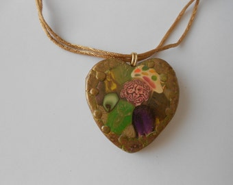 Flower Pendant, Polymer clay, flower necklace, Heart Pendant