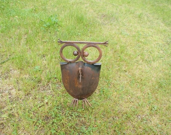 Recycled Shovel Owls. Shoves. Yard Art. Outdoor Decor. Yard. Garden. Aminals. Owls. Gift. Him. Her. Housewarming. Gardener. Rustic. Bird