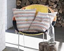 Cushion decorative Scandinavian geometric pattern 50 X 50 cm